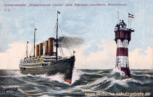 Bremerhaven, Schnelldampfer Kronprinzessin Cecilie beim Rotesand-Leuchtturm