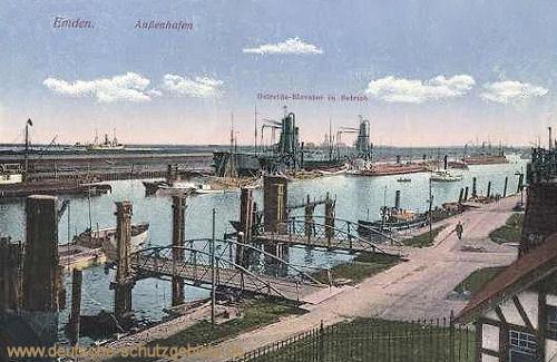Emden, Außenhafen Getreide-Elevator in Betrieb