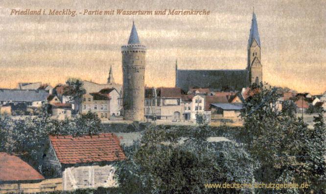 Friedland in Mecklenburg, Partie mit Wasserturm und Marienkirche