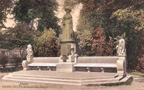 Jever, Marien-Denkmal