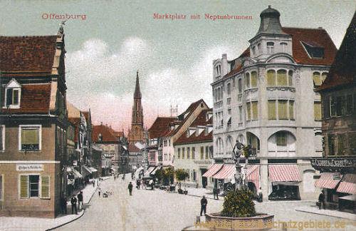 Offenburg, Marktplatz mit Neptunbrunnen