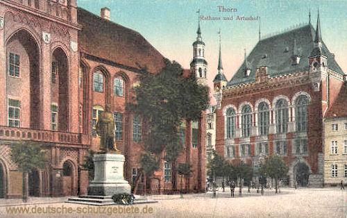 Thorn - Rathaus (Kaiser Wilhelm-Denkmal) und Artushof