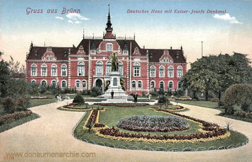 Brünn, Deutsches Haus mit Kaiser-Josefs Denkmal