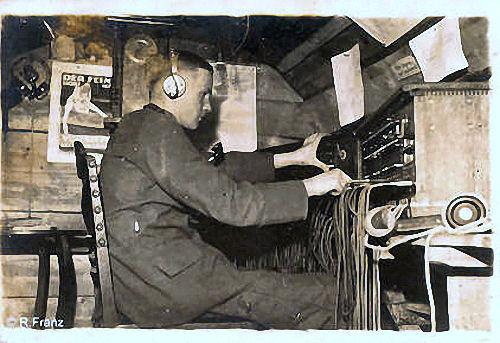 S.M.S. Danzig, Blick in den Funkraum