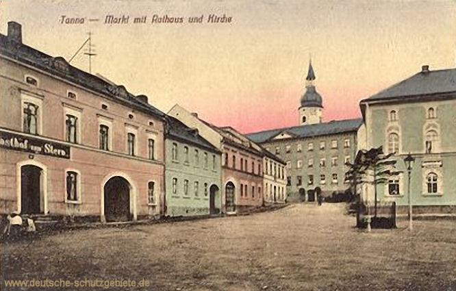 Tanna, Markt mit Rathaus und Kirche