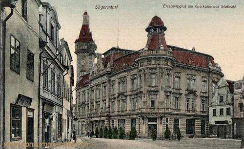 Jägerndorf, Elisabethplatz mit Sparkasse und Stadtcafe