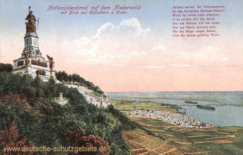 Nationaldenkmal auf dem Niederwald mit Blick auf Rüdesheim
