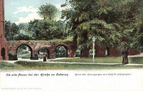 Doberan, Die alte Mauer bei der Kirche