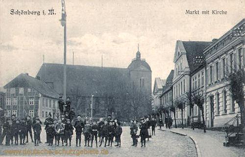 Schönberg i. M., Markt mit Kirche
