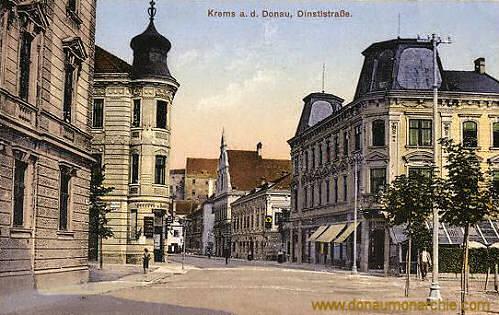 Krems a. d. Donau, Dinstlstraße