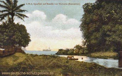 Kamerun, S.M.S. Sperber auf Reede vor Victoria (Limbe-Fluss)
