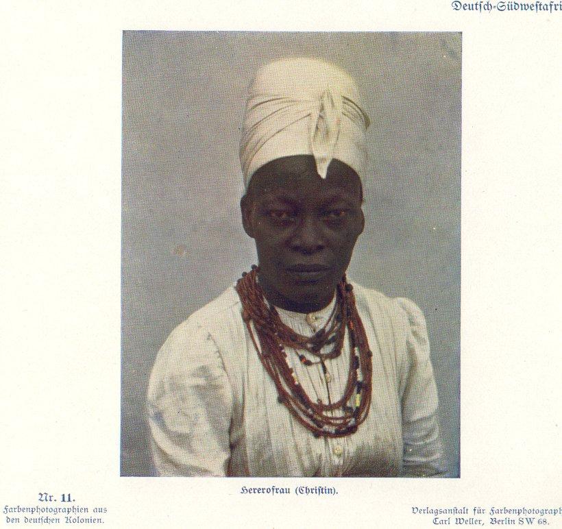 Nr. 11 Deutsch-Südwestafrika, Hererofrau Christin