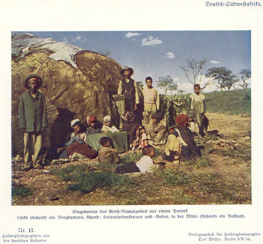 Nr. 17 Deutsch-Südwestafrika, Eingeborene des Groß-Namalandes vor einem Pontok