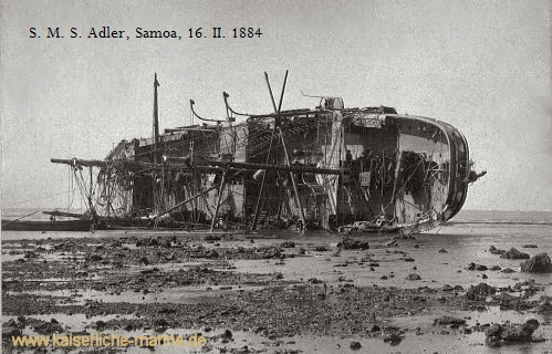 "S.M.S. Adler, Wrack, Samoa - Fotounterschrift ""SMS. Adler, Samoa, 16. II. 1884, Onkel Machenauer + "" (Foto von Jan Drösler)"