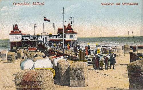 Ahlbeck, Seebrücke mit Strandleben