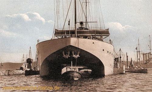 S.M.S. Vulcan, Dockschiff