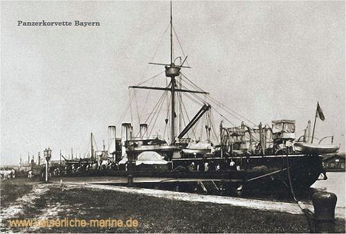 Panzerkorvette der Sachsen-Klasse mit 4 Schornsteinen vor dem Umbau