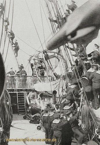 Seeklarbesichtigung S.M.S. Alexandrine 1889, vor dem Auslaufen nach der Südsee