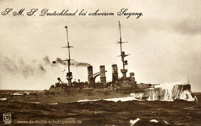 S.M.S. Deutschland bei schwerem Seegang
