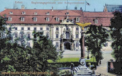 Erfurt, Regierungsgebäude und Kriegerdenkmal