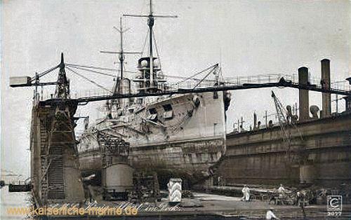 S.M.S. König Albert im Dock