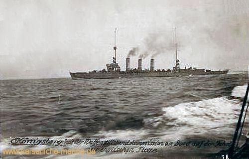 S.M.S. Königsberg mit der Waffenstillstandskommission an Bord auf der Fahrt zur englischen Flotte
