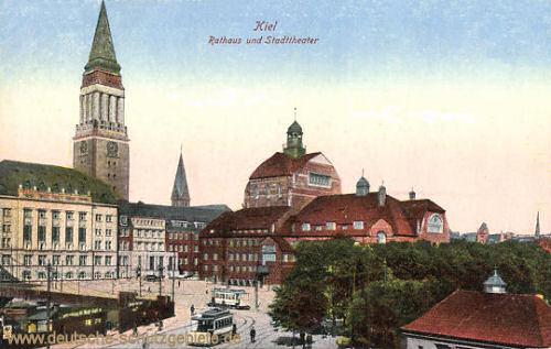 Kiel, Rathaus und Stadttheater