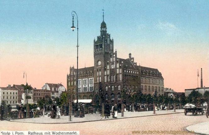 Stolp i. Po., Rathaus mit Wochenmarkt