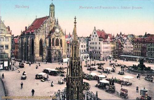Nürnberg mit Frauenkirche und Schöner Brunnen