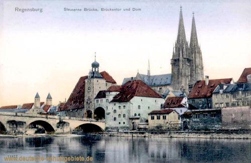 Regensburg, Steinerne Brücke, Brückentor und Dom