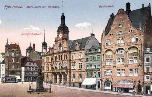 Pforzheim, Marktplatz mit Rathaus, Kriegerdenkmal, Beckh-Bräu