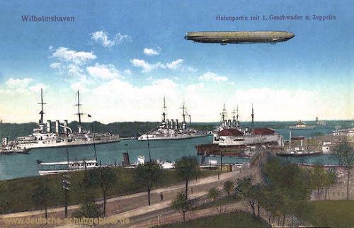 Wilhelmshaven, Hafenpartie mit I. Geschwader und Zeppelin