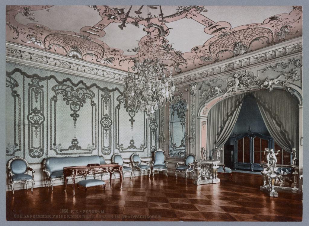 Potsdam. Schlafzimmer Friedrichs des Grossen im Stadtschlosse