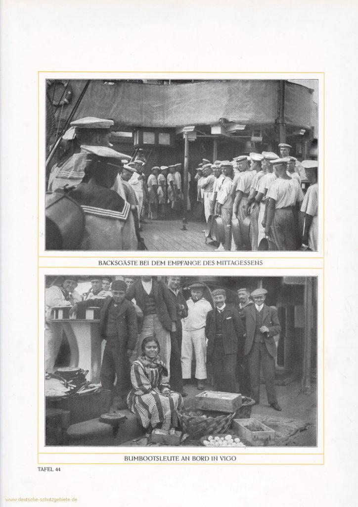 Backsgäste bei dem Empfange des Mittagessens – Bumbootsleute an Bord in Vigo