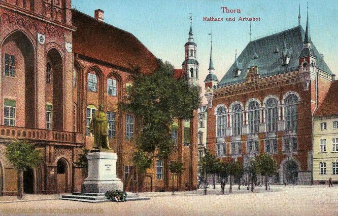 Thorn, Rathaus und Artushof