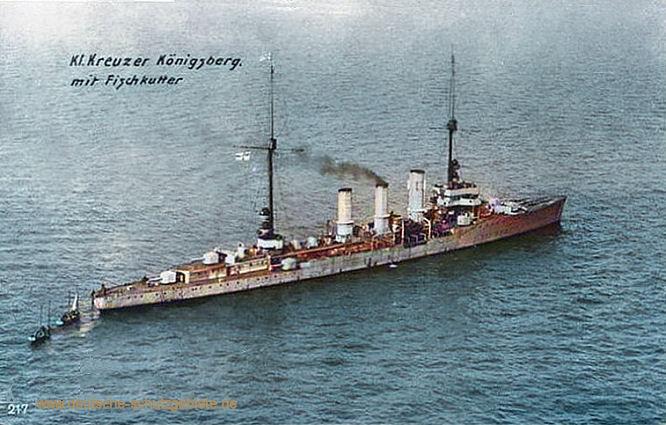S.M.S. Königsberg mit Fischkutter